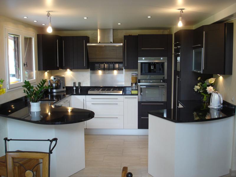 comment am nager sa cuisine mes petits plats cuisines. Black Bedroom Furniture Sets. Home Design Ideas